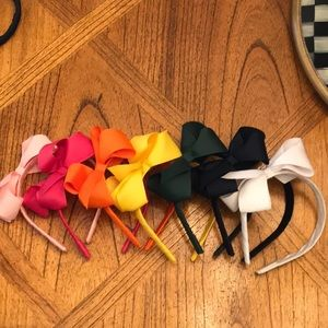 BRAND NEW - wee ones headbands with bows